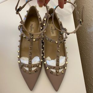 Valentino Rockstud Caged Leather Ballet Flat-38